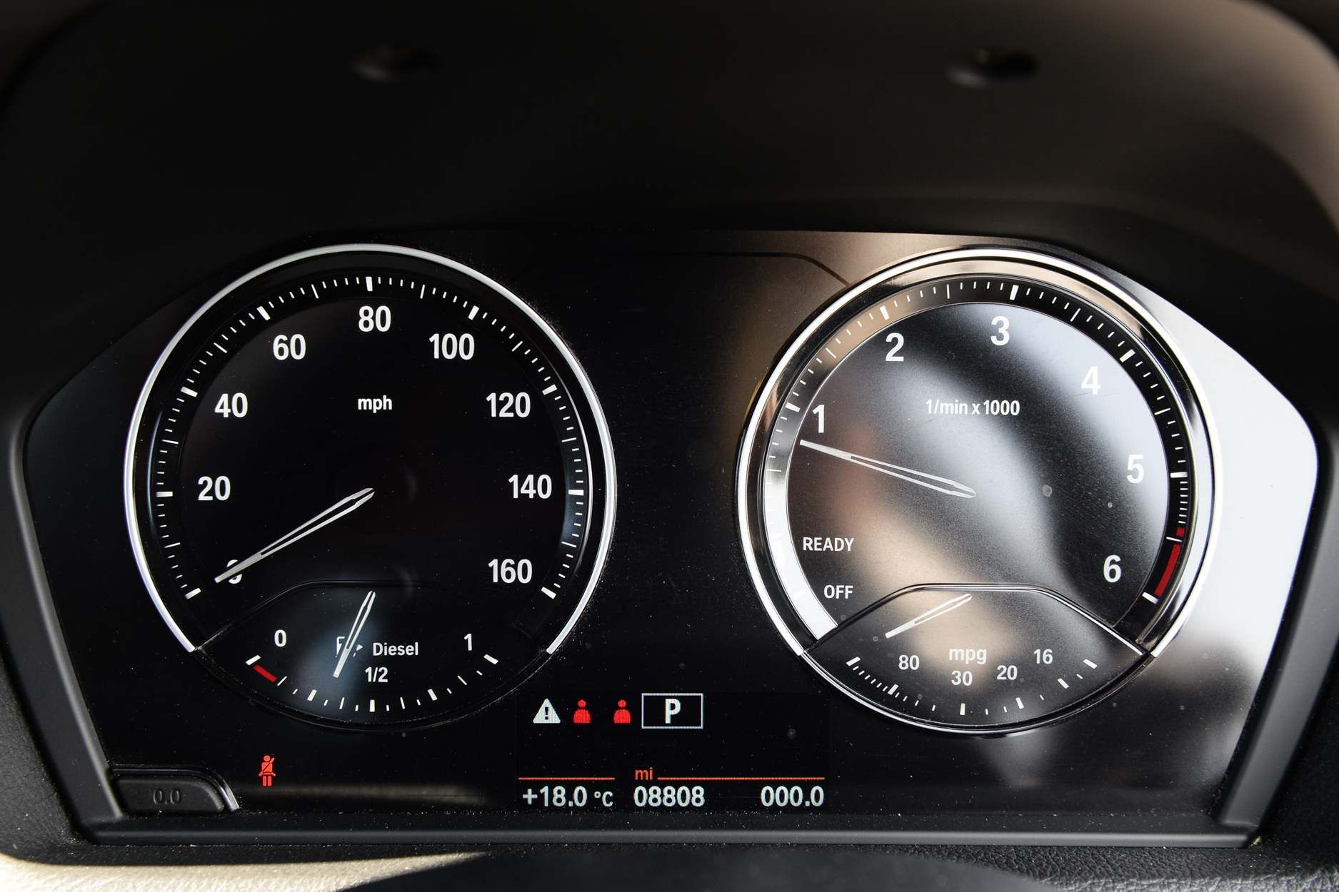 Image 6 - BMW 220d Sport Coupe (YK18YTR)