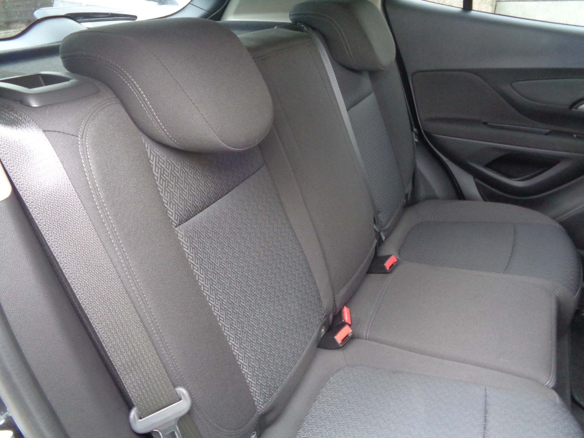 http://pictures2.autotrader.co.uk/imgser-uk/servlet/media?id=7c06bb5845a745cea6ed9a3eaed04d1c