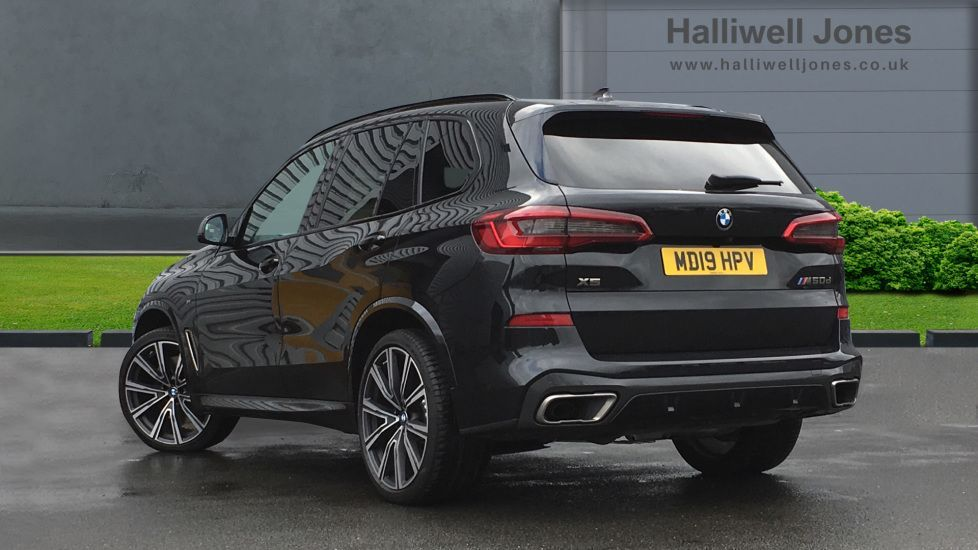 Image 2 - BMW M50d (MD19HPV)