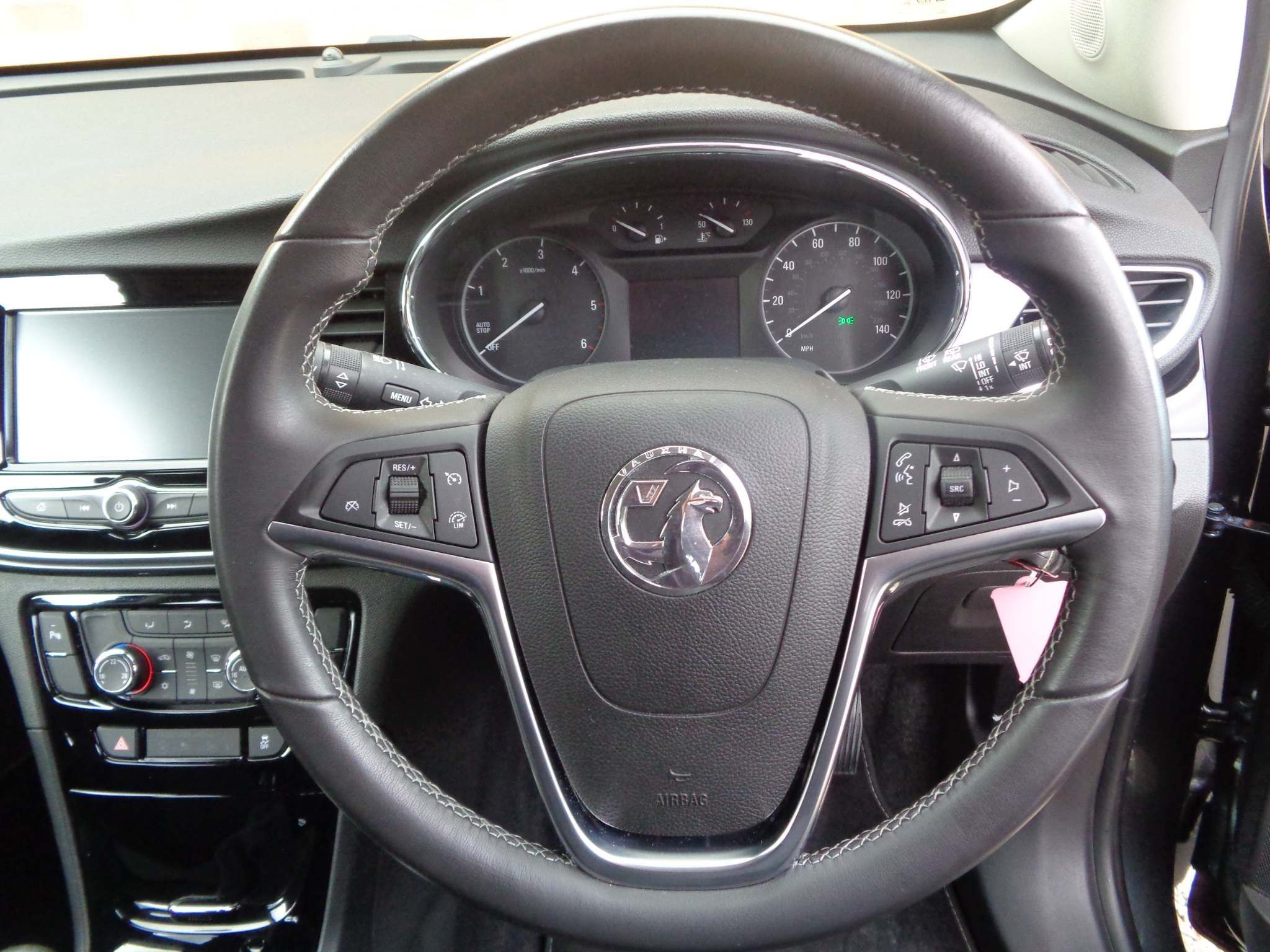 http://pictures2.autotrader.co.uk/imgser-uk/servlet/media?id=967b5ca2892a41fca2e307e29701db4a