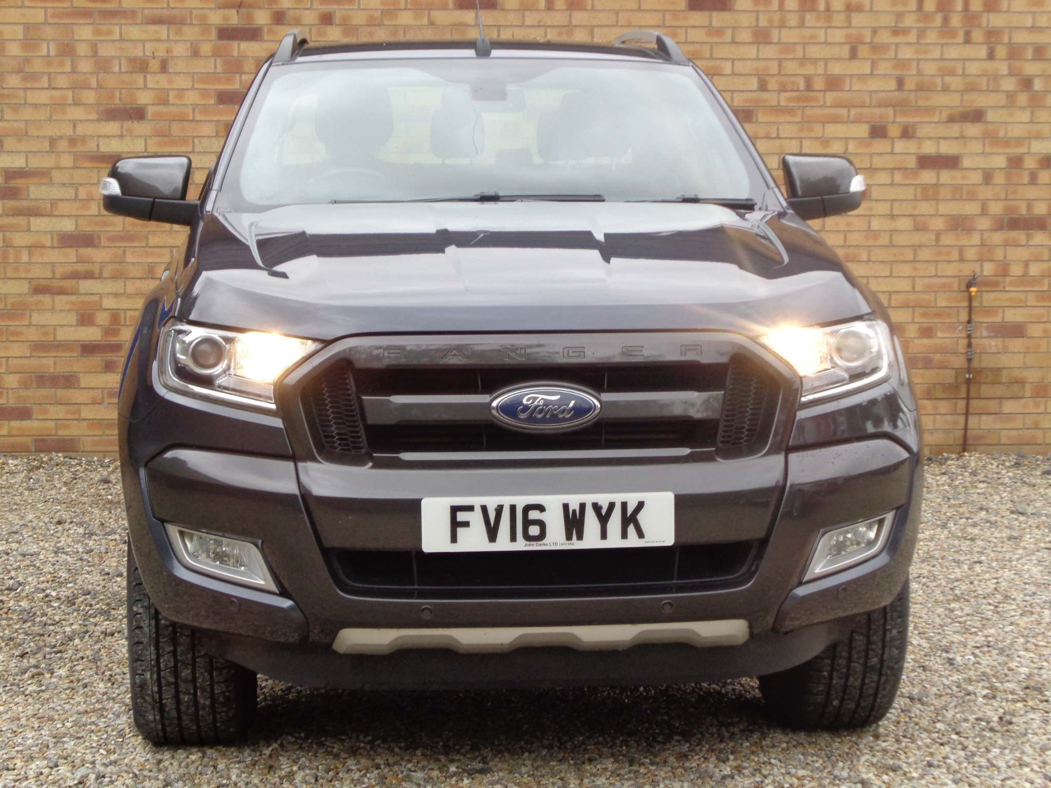 http://pictures2.autotrader.co.uk/imgser-uk/servlet/media?id=9c1c53724a1f4218aab9017e69f7d4a9