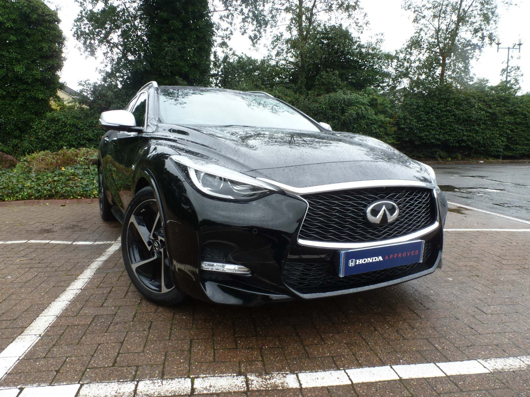 Infiniti Q30 2.0T Sport InTouch DCT AWD (s/s) 5dr