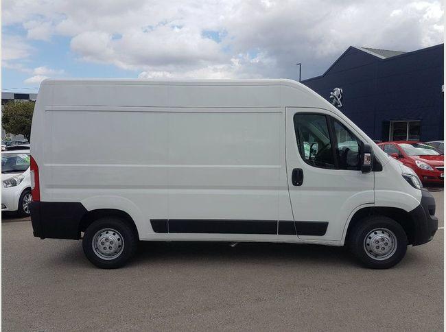 Used van lightbox main image