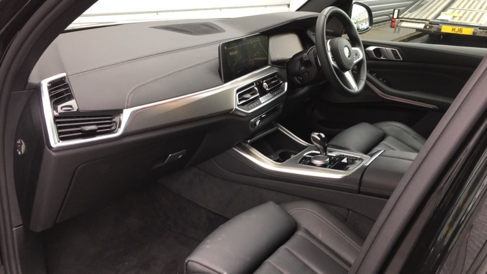 Image 5 - BMW M50d (MD19HPV)