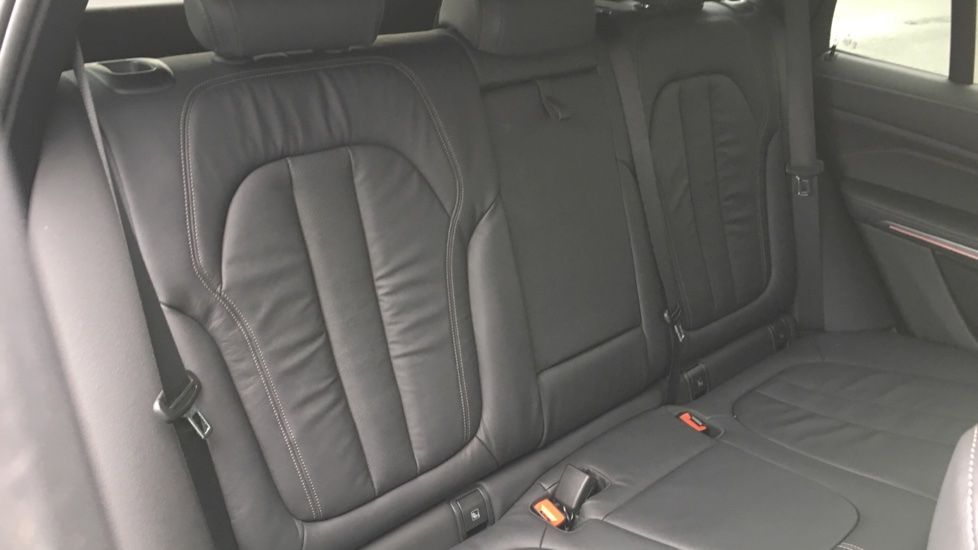 Image 9 - BMW M50d (MD19HPV)