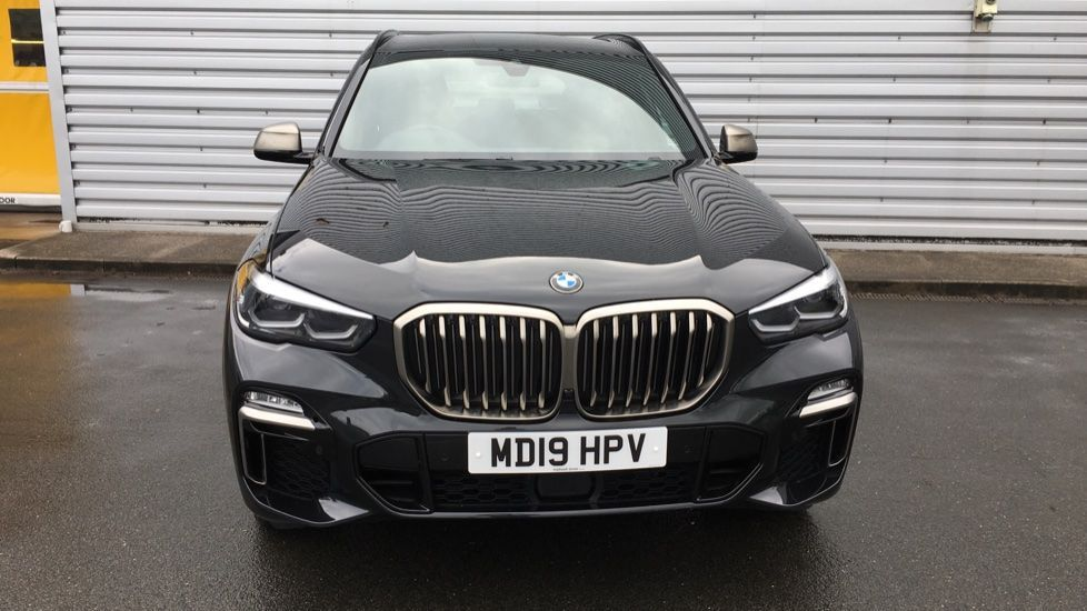 Image 19 - BMW M50d (MD19HPV)
